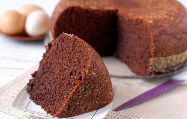 Шоколадный бисквит в мультиварке: рецепт с фото