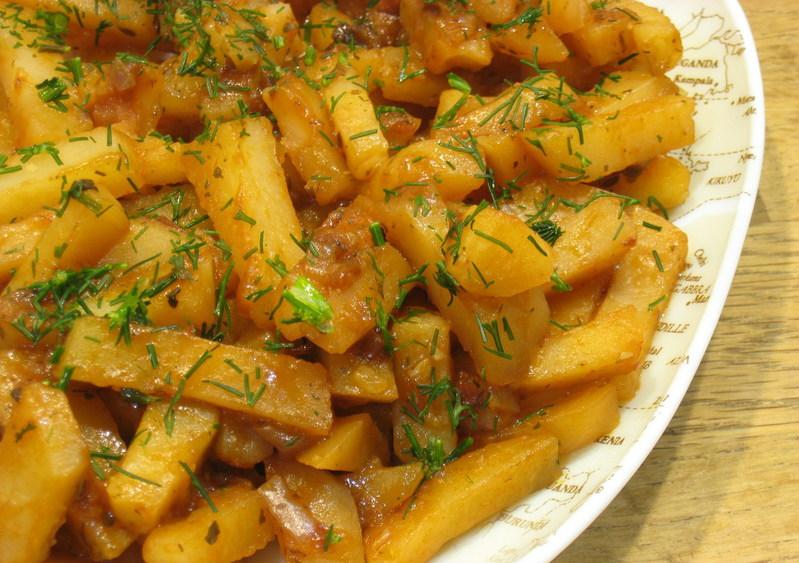 Жареная картошка в мультиварке: рецепт с фото