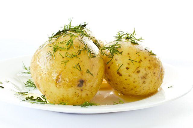 Как варить картошку в мультиварке: рецепт с фото