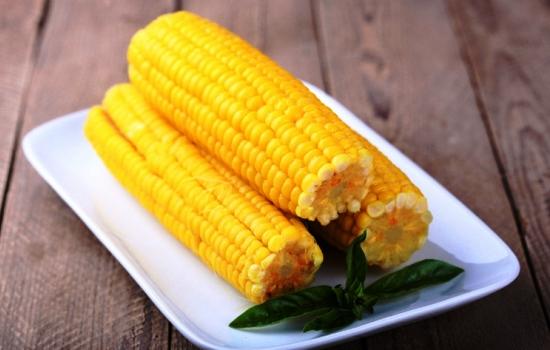 Как сварить кукурузу в мультиварке: рецепт с фото