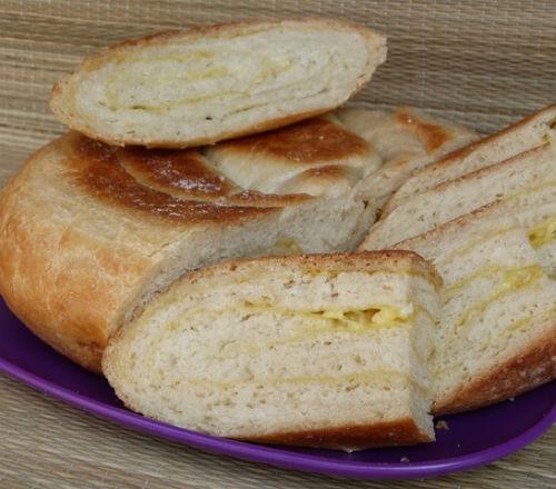 Хлеб с чесноком и сыром в мультиварке: рецепт с фото