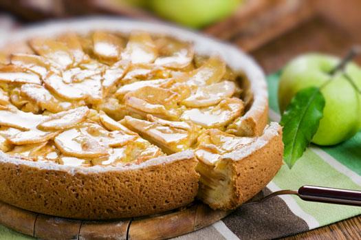 Пирог яблочный с кефирно-молочной пропиткой в мультиварке: рецепт с фото