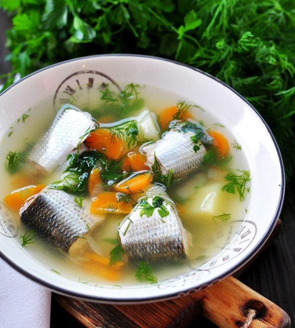 Рыбный суп из кефали в мультиварке: рецепт с фото