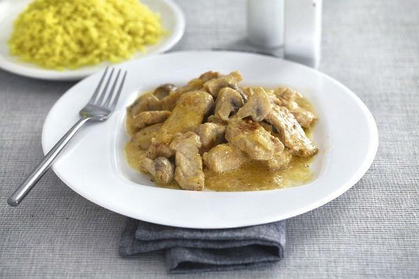 Нежное куриное филе в горчичном соусе в мультиварке: рецепт с фото