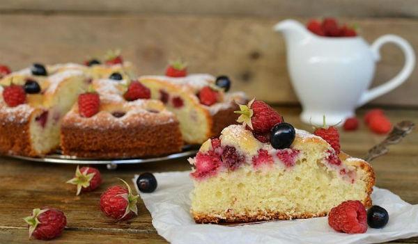 Пирог «Малинка» в мультиварке: рецепт с фото