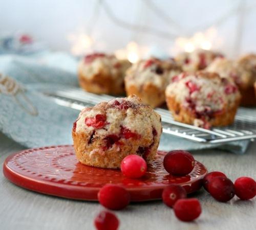 Нарядные кексы с клюквой «Розовое совершенство» в мультиварке: рецепт с фото
