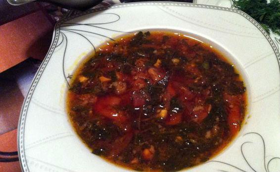 Суп со свеклой и щавелем в мультиварке