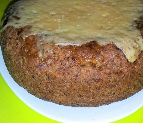 Гречневый хлеб, политый сыром в мультиварке