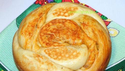 Мраморный хлеб с яичной начинкой в мультиварке