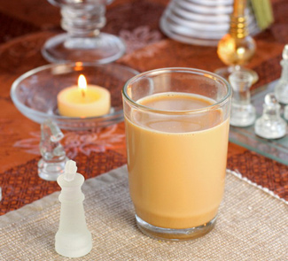Напиток молочный с грецкими орехами в мультиварке