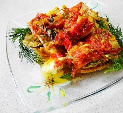 Минтай с овощами тушеный в мультиварке: рецепт с фото