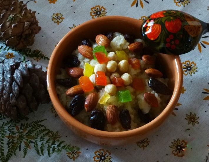 Каша с орешками, медом и изюмом в мультиварке