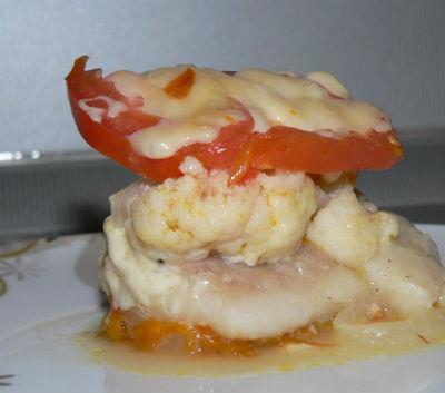 Рыбная запеканка с овощами и цветной капусты в мультиварке: рецепт с фото