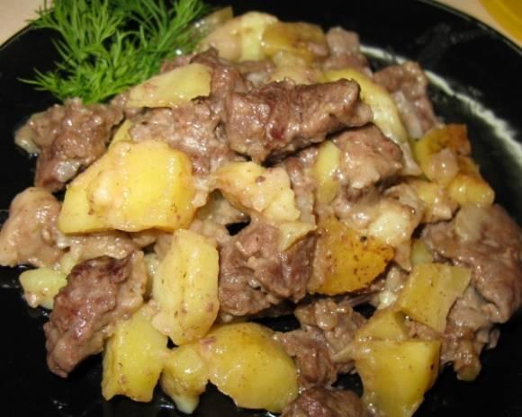 Тушеная картошка в мультиварке: рецепт с фото